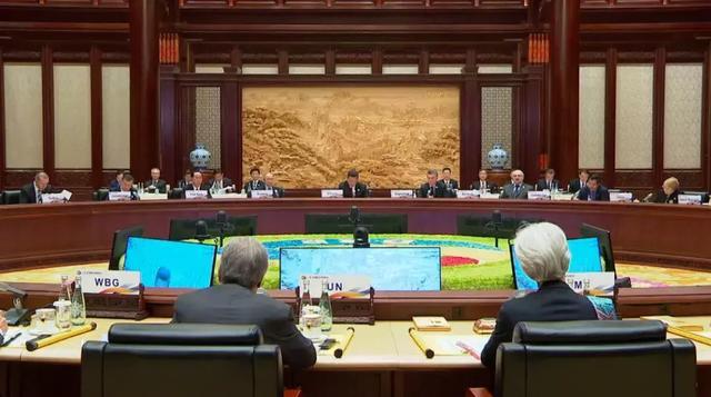 阿拉伯语版《大国外交》,让世界听见中国声音、看到中国方案
