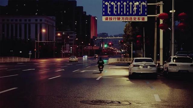 """灾难中守望相助,《武汉24小时》讲述普通人不平凡的战""""疫""""路"""