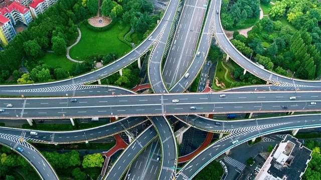 中国交通实现7个第一!是时候告诉世界,什么是真正的中国速度