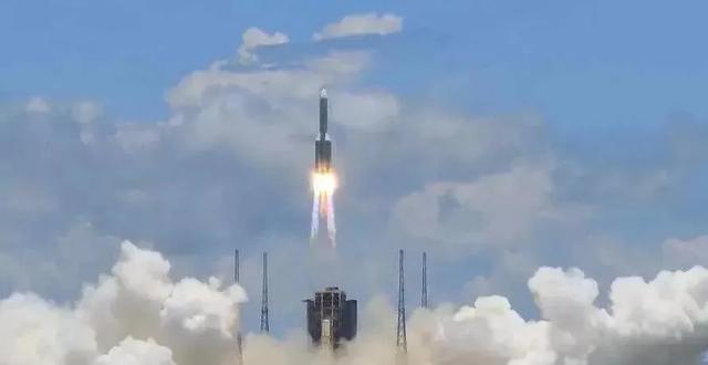 """火星,中国来啦!""""天问一号""""发射升空,多语种版《大国工匠》带你感受航天精神"""